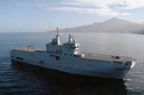 Hôpital embarqué à bord Porte-hélicoptères amphibie Tonnerre (Crédit : Ministère des armées/Dicod)