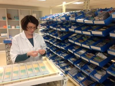 Techopital l ordonnance sur les pharmacies usage for Pharmacie de la claire
